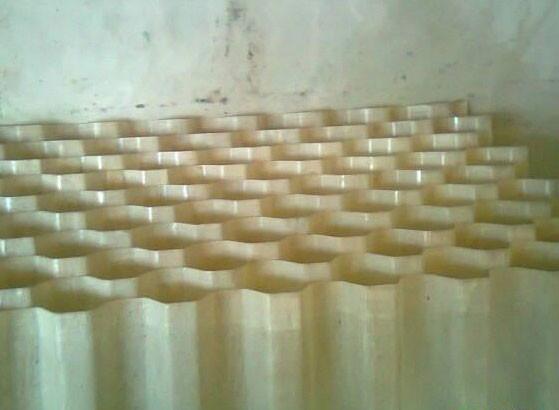 恒昌蜂窝斜管玻璃钢材质的应用